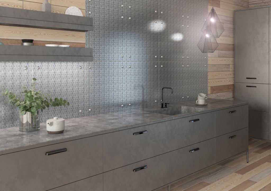 Кухонный фартук из узорной стали